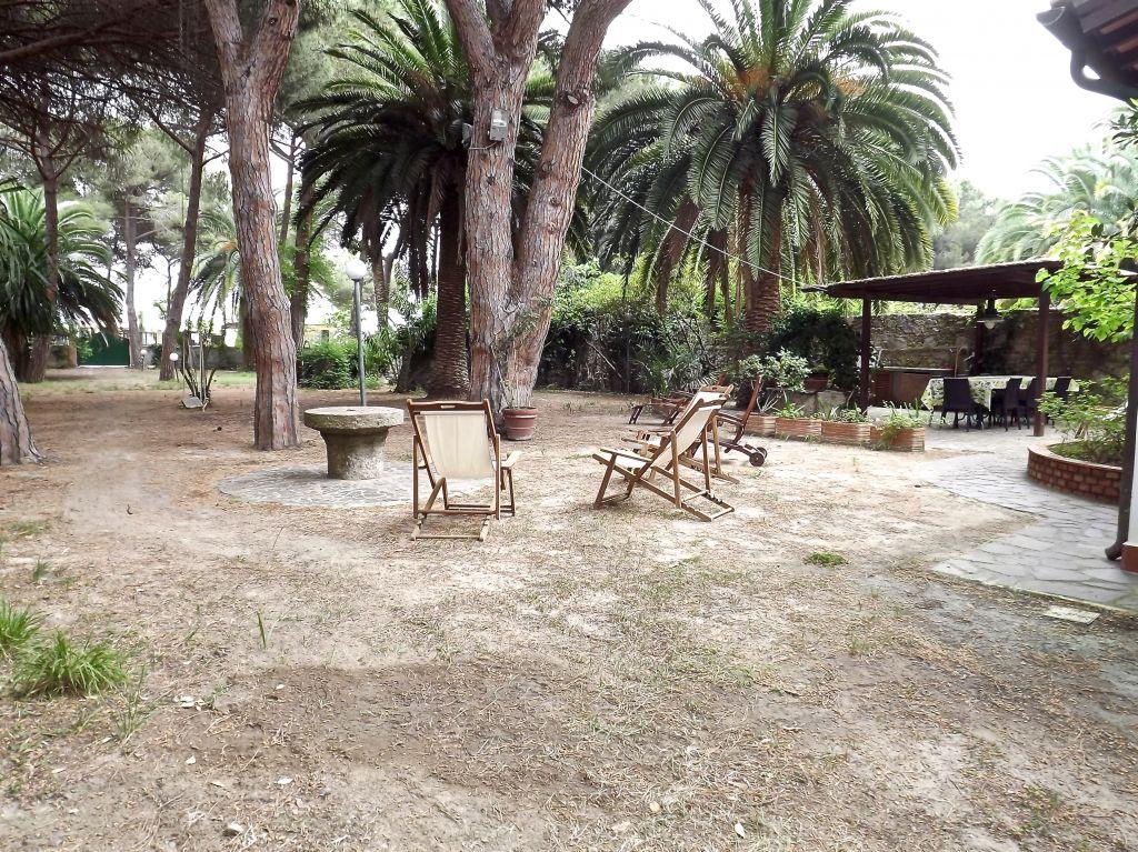Affitto isola d 39 elba marina di campo rif affitto 03 for Casa vacanza piani lungomare