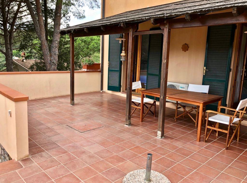Emmegi agenzia immobiliare vendite isola d 39 elba for Case in vendita con appartamento seminterrato